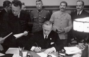 Nacističko-komunistički savez – potpisivanje sporazuma