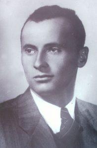 Miroslav-Ante Gudelj, časnik PTS-a, rođen 4.6.1919. u Zmijavcima i likvidiran u Sloveniji u svibnju 1945.